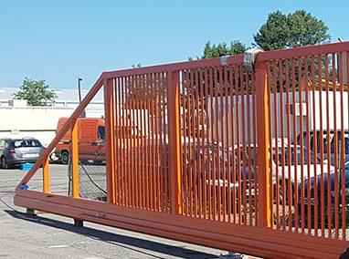 Extra-wide sliding gate