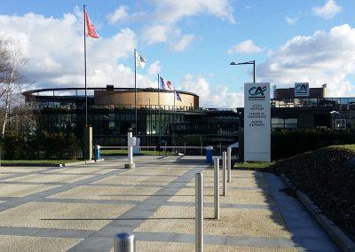 portalp-bank-headquarters-security-barriers